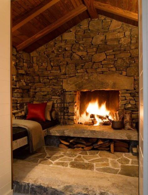 10 Fabulous Fireplaces Cabin Fireplace Traditional Family