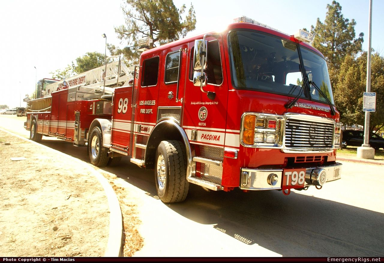American Lafrance Eagle Aerial Los Angeles Fire Department Emergency Apparatus Fire Truck Photo Fire Trucks Los Angeles Fire Department Fire Department