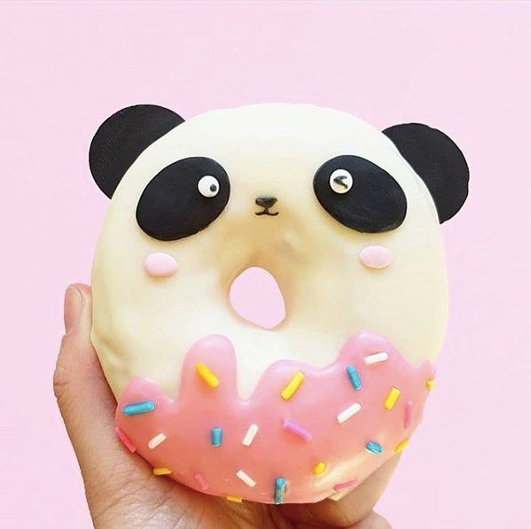 Happy Panda Day everyone We simply couldnt resist this panda donut by vikieeyo because it is ALL the cuteness Please do yourself a favor and visit her feed because GAH Its all so adorable foodpics foodstagrammer eeeeeeats coolmomeats momsohard momsunite momshelpingmoms momswhoblog momsofinstagram madewithlove happylife vikieeyo cutedessert pandaday pandadonut cuteness foodforkids kidswillloveit toocutetohandle doughnuts donutlife