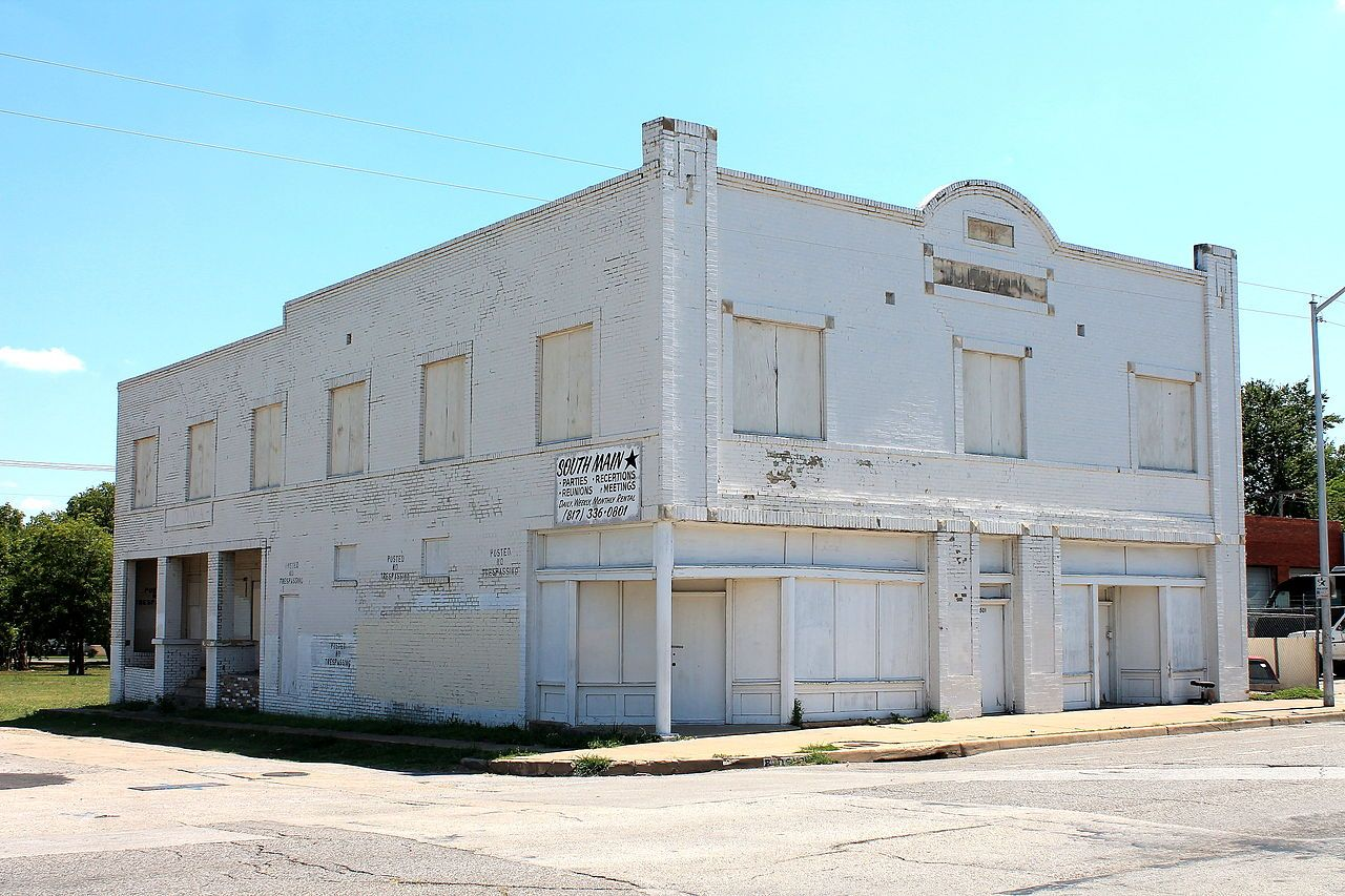 J.L. Sealy Building in Tarrant County, Texas.