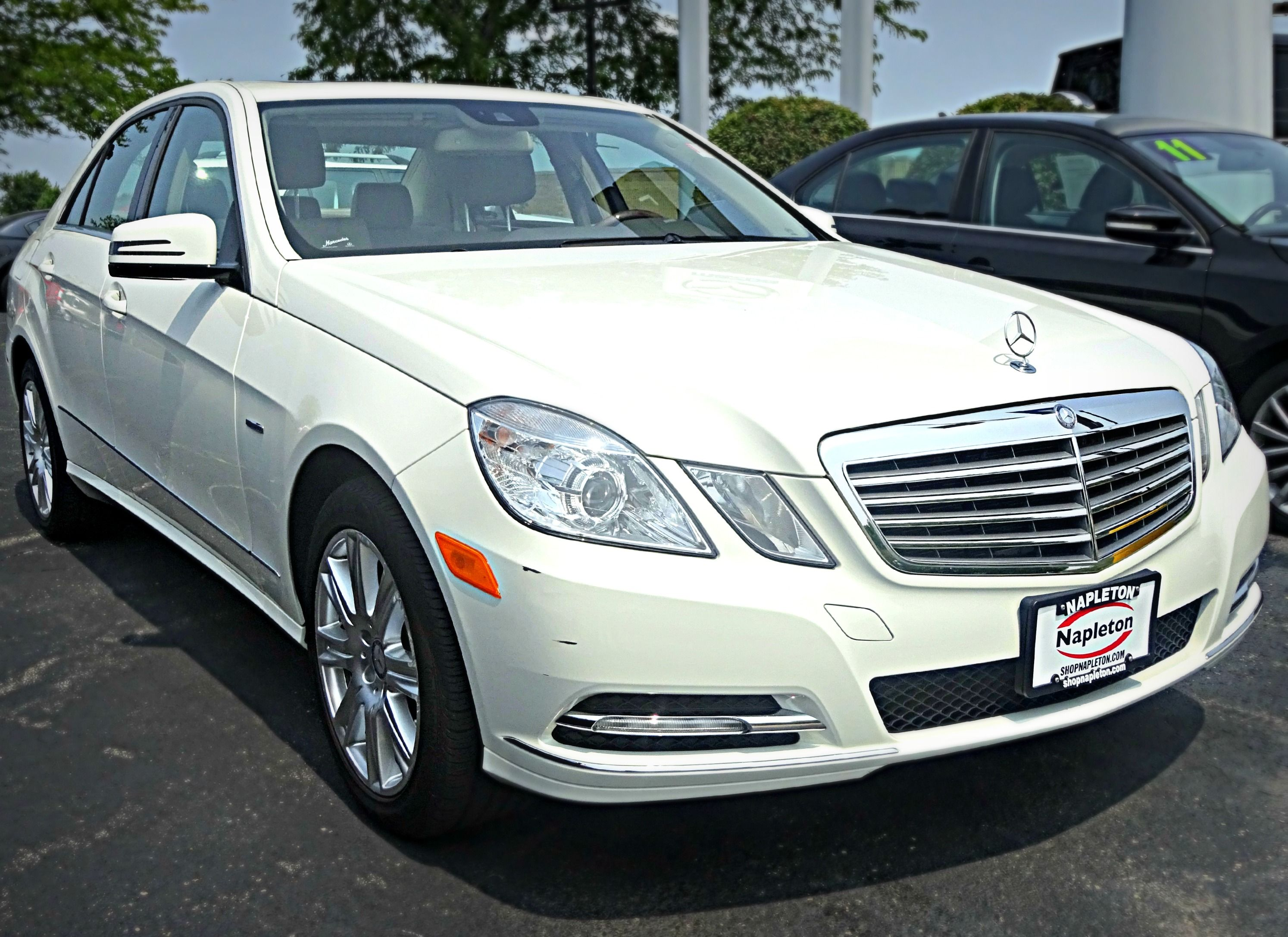 at auction of for house vicari auctions image benz sale a mercedes e biloxi class