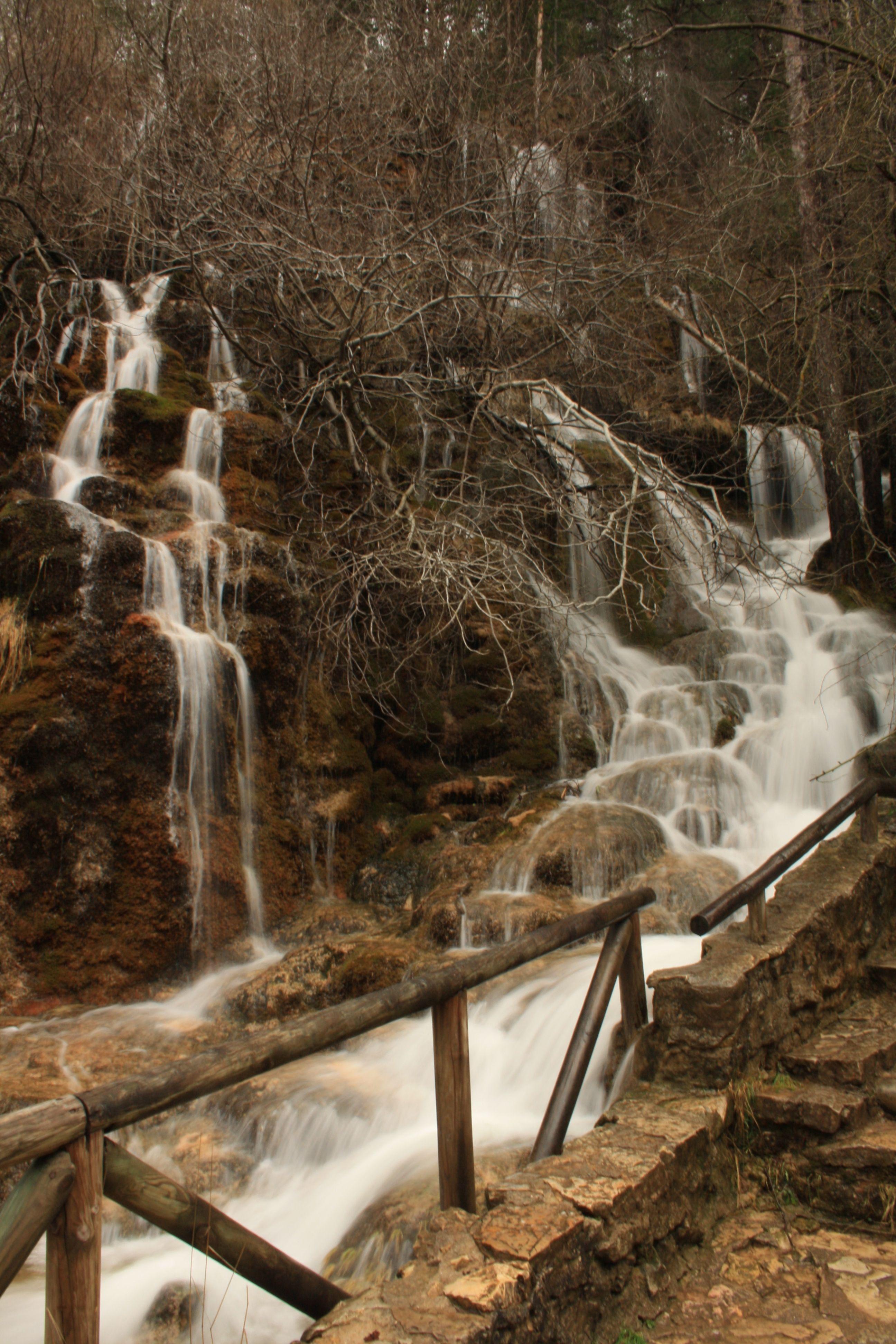 Nacimiento Del Rio Cuervo On The Cm2106 Spain Valleys Scenery Photography Landscapes Rivers Parques Naturales Parques Serrania De Cuenca