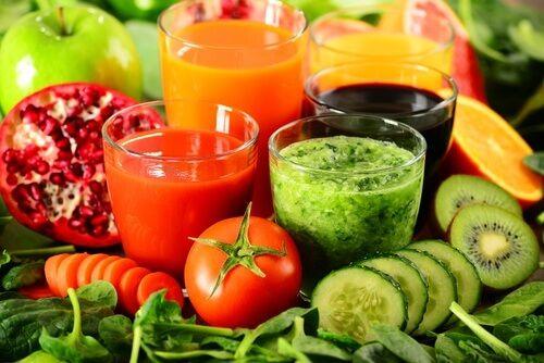 As Bebidas Desintoxicantes Ajudam A Melhorar Os Sistemas Do Corpo
