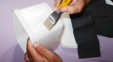 Aprenda como fazer potes de sorvete decorados com tecido 1ª parte