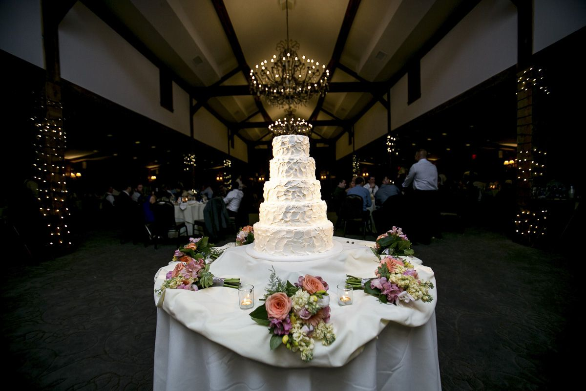 Wedding cake at normandy farms by krista patton photography