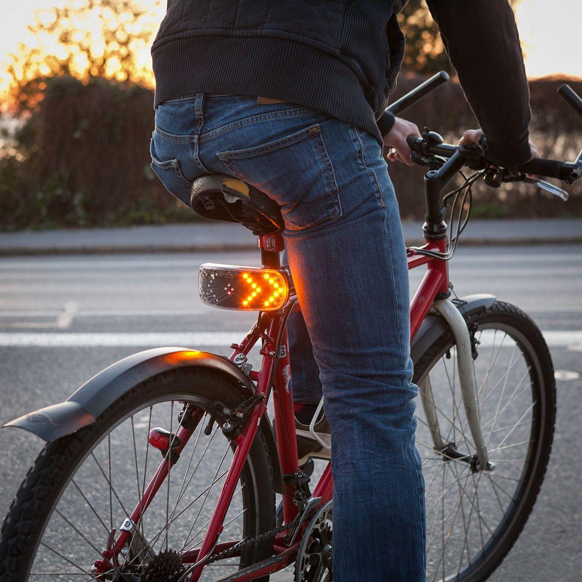 Iggi Signal Pod Blinkersystem Fur S Fahrrad En 2020 Velo Scooter Sous Marin Feu Arriere