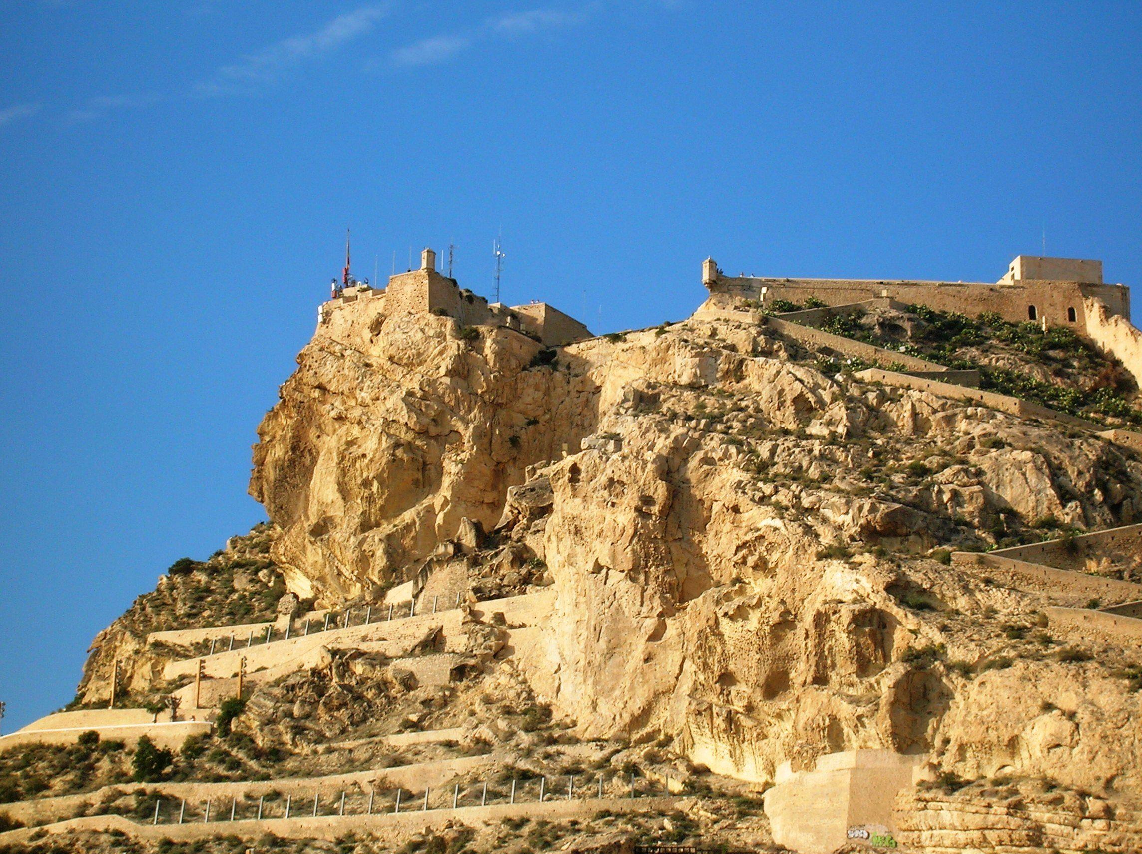 El Castillo de Santa Barbara, Alicante.