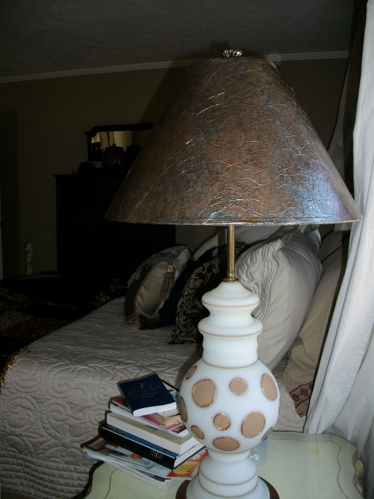 Tin foil lamp shade redo projects in my home pinterest for Redoing lamp shades