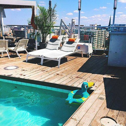 #roomwithaview hint: @SazanHendrix is staying in the only spy themed hotel in DC. This looks like a pool fit for Bond. The hotel is even named after the founder of the CIA. Rumor has it the staff uses wrist watch communication. Do you know her hotel? Tell