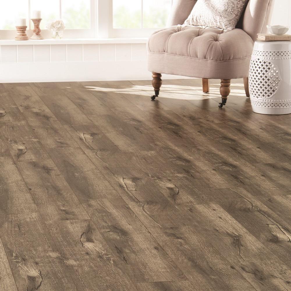 Home decorators collection eir verdugo oak 8 mm thick x 7