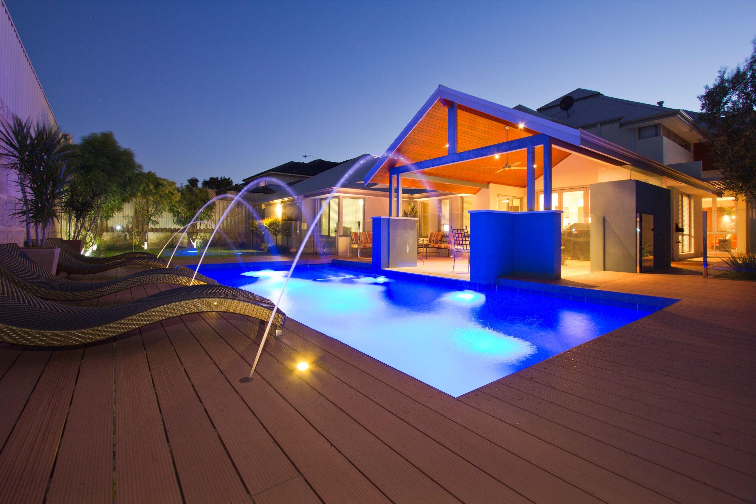 America style swimming pool use