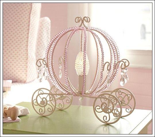 L mpara con dise o de carroza de cenicienta habitaciones - Habitaciones de princesas ...