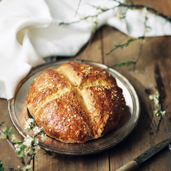 Healthy Spelt Soda Bread, with a perfect crust and a ...