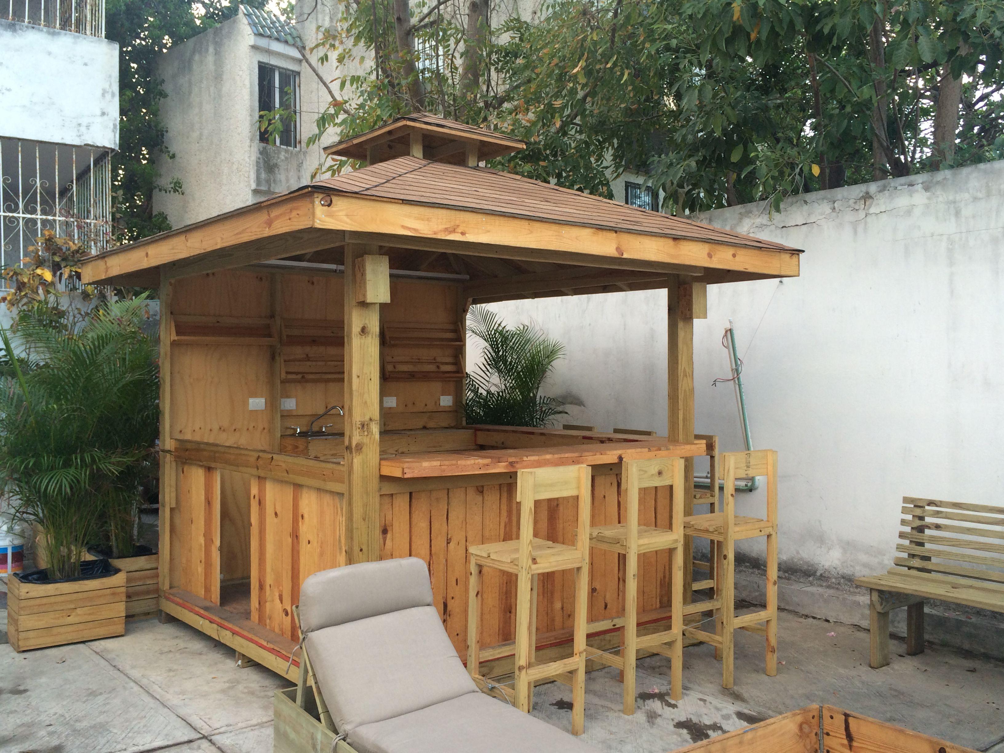 Kiosko gasebo para negocio cafe jugos artesan as for Tejados de madera para exterior