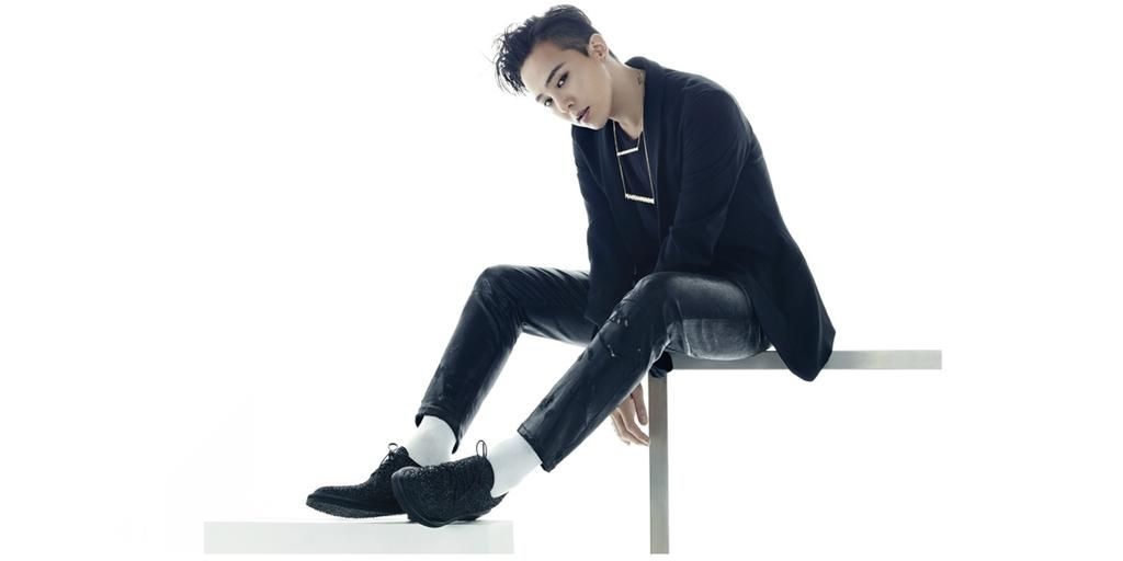 Giuseppe Zanotti and G-Dragon (@IBGDRGN) collaborate on shoes http://bit.ly/1hD9Zbv (from @wwd) #GZd #GDragon