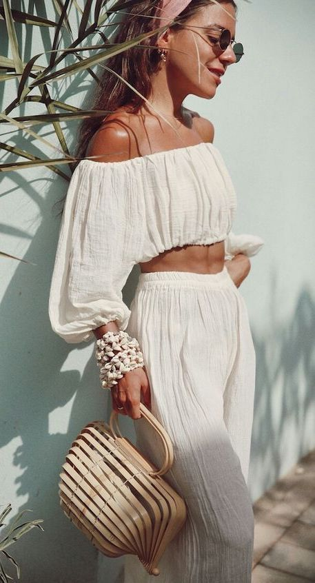 How To Style An All White Outfit + 18 Gorgeous Examples | – Fashion