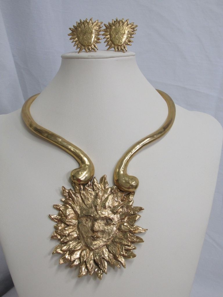38d8507459a Yves Saint Laurent YSL Gorgeous Runway Set Necklace with Earrings Gold Tone  Sun | eBay