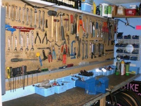 10 trucs et astuces pour bien am nager son atelier de bricoleur garage rangement et rangement. Black Bedroom Furniture Sets. Home Design Ideas