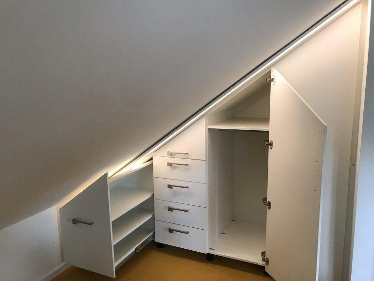 Schrank Unter Dachschrage Mit Apothekerauszug Dachschragenschrank Schrank Dachschrage Einbauschrank