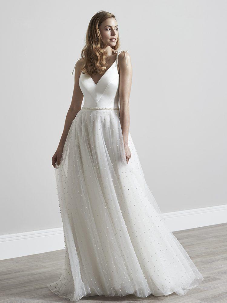 Polly Sassi Holford Wedding Dress Designers Uk Bridal Fashion Designers Modern Wedding Dress