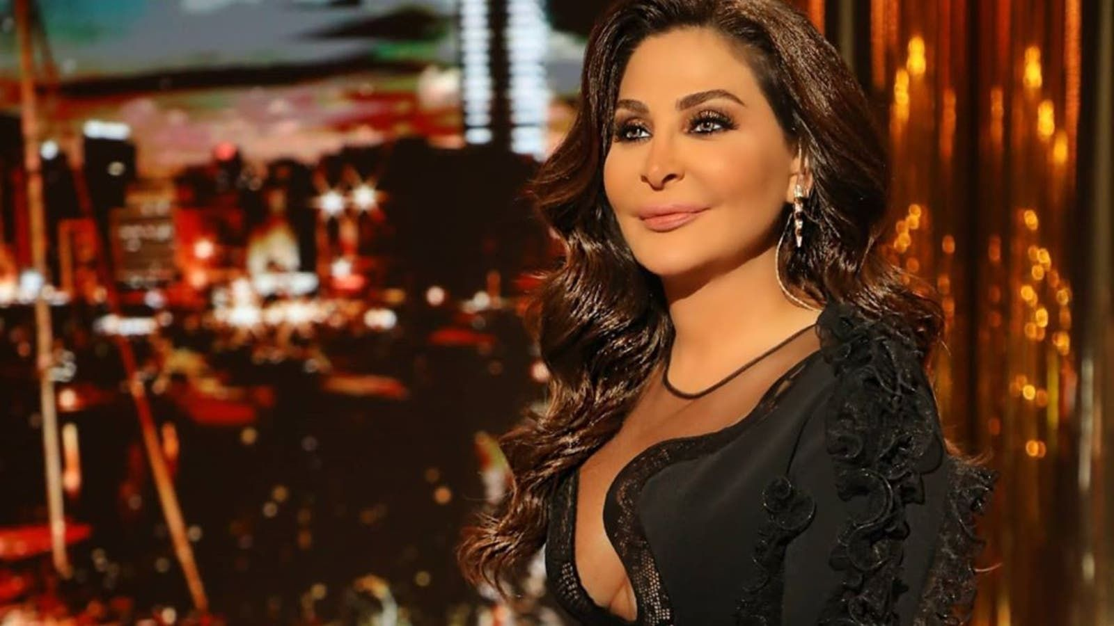 Back To Sheets Trend 20 Years Later Elissa Reveals Her 2020 Album S Name And Cover Picture 20 Year Anniversary Cover Pics Album