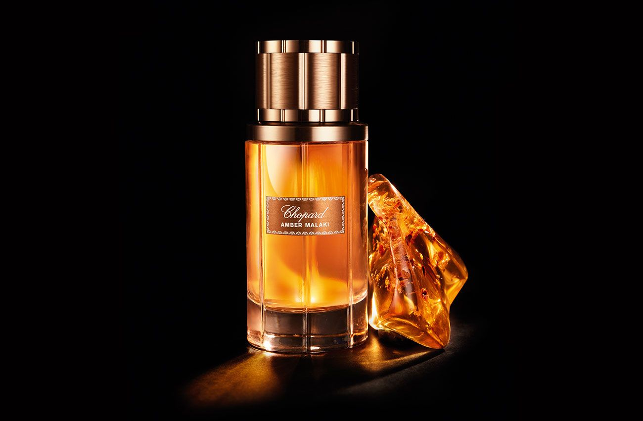 Http Www Etiquettearabia Com Wp Content Uploads 2015 10 Chopard Amber Malaki Packshot And Ingredient 80ml Aed475 2 Jpg With Images Perfume Perfume Reviews Eau De Parfum