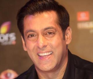 Salman Khan Wiki, Age, Biography, Height, Family