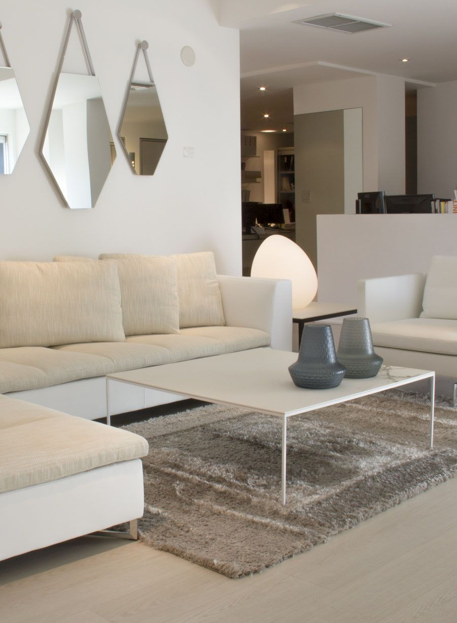 Space By Ligne Roset Modern Tables Coffee Table Coffee Table Design Table Design [ 1226 x 900 Pixel ]