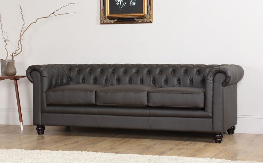 hampton brown leather chesterfield sofa gothic living room rh pinterest com