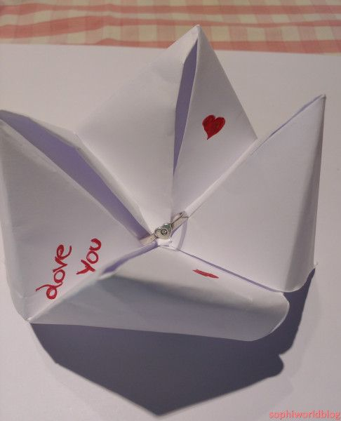 Hidden Jewel in origami. 4 ideas on how to present your valentine'sday gift. Read more on www.sophiworldblog.com