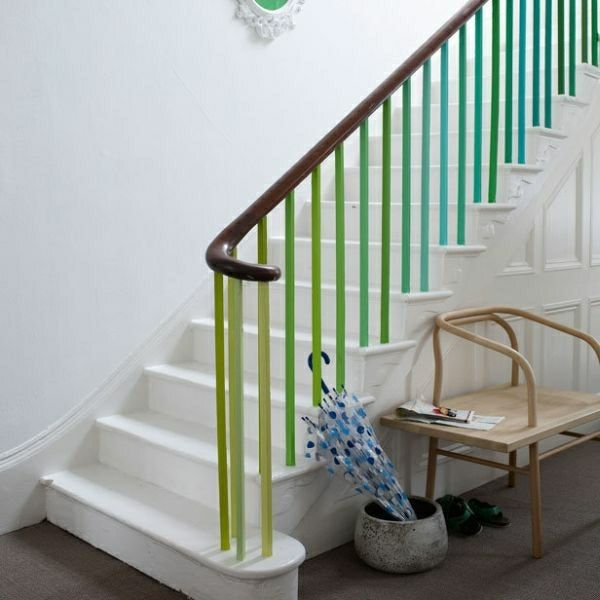 Treppe Geländer Streichen Grün Blau Weiß | Flur | Pinterest Fliesen Streichen Grun