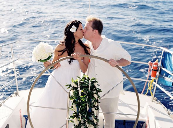 just married on a sail boat maui hawaii destination wedding the destination wedding