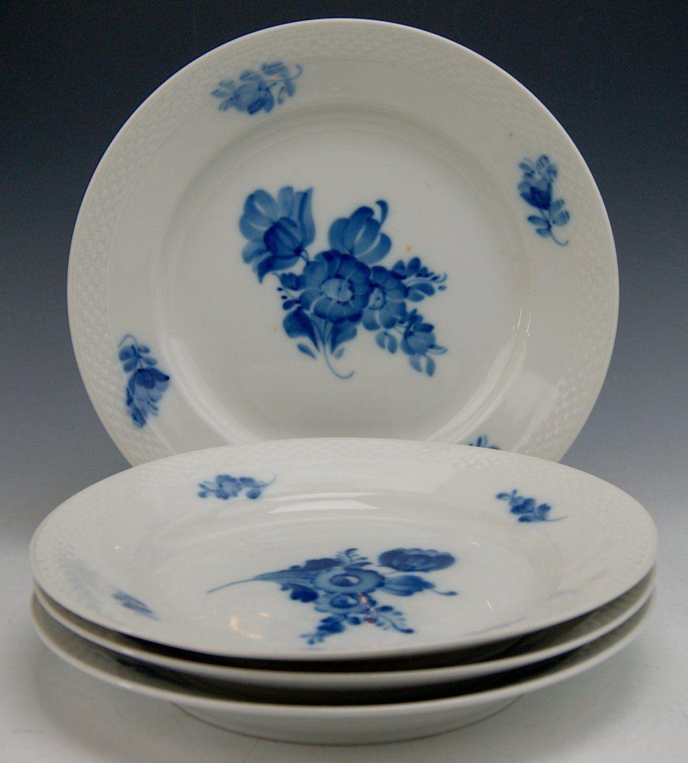 M 0339 Royal Copenhagen Blue Flowers Braided Border China 8097 4