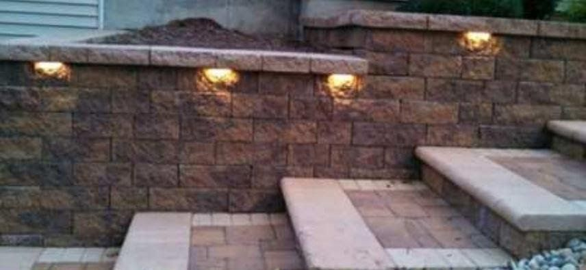 Awesome Stone Wall Retaining Wall Lighting In 2020 Retaining