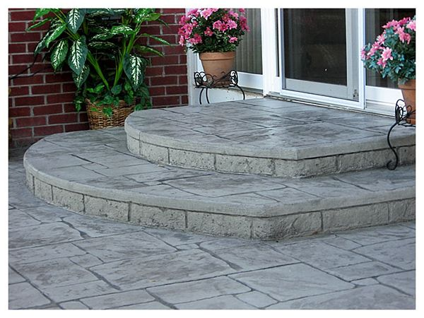 concrete steps off back door