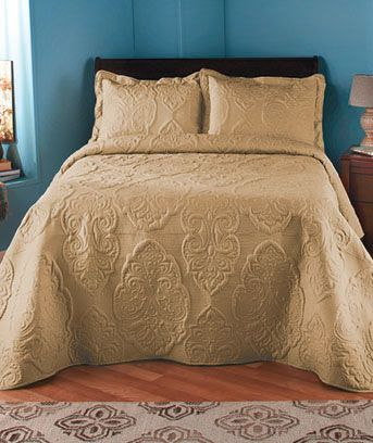 Beautiful Damask Patterns Decorating The Oversized Solid Sched Quilt Or Sham Give Your Bed Luxurious