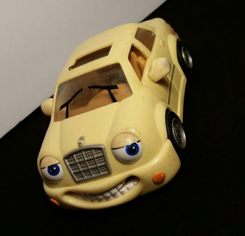 Details About Lot 2 Vintage Toy Collectible 1999 Chevron Cars 10