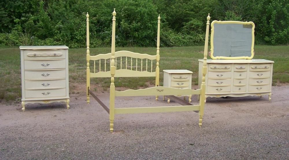 Vintage Bonnet By Sears French Provincial 5pc Bedroom Set