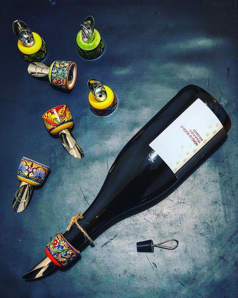 nuovo concetto data di uscita: vendita outlet morbido e leggero stile moderno stile distintivo tappi per vino ...