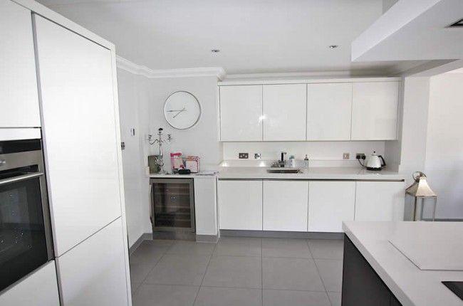 White Gloss Kitchens White Gloss Kitchen White Kitchen Extension Handleless Kitchen