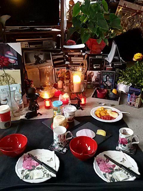 https://flic.kr/p/B8UzG2 | Frühstück mit meiner Freundin  <3