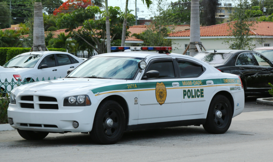 Florida South, Miami Dade Police Dodge Charger vehicle