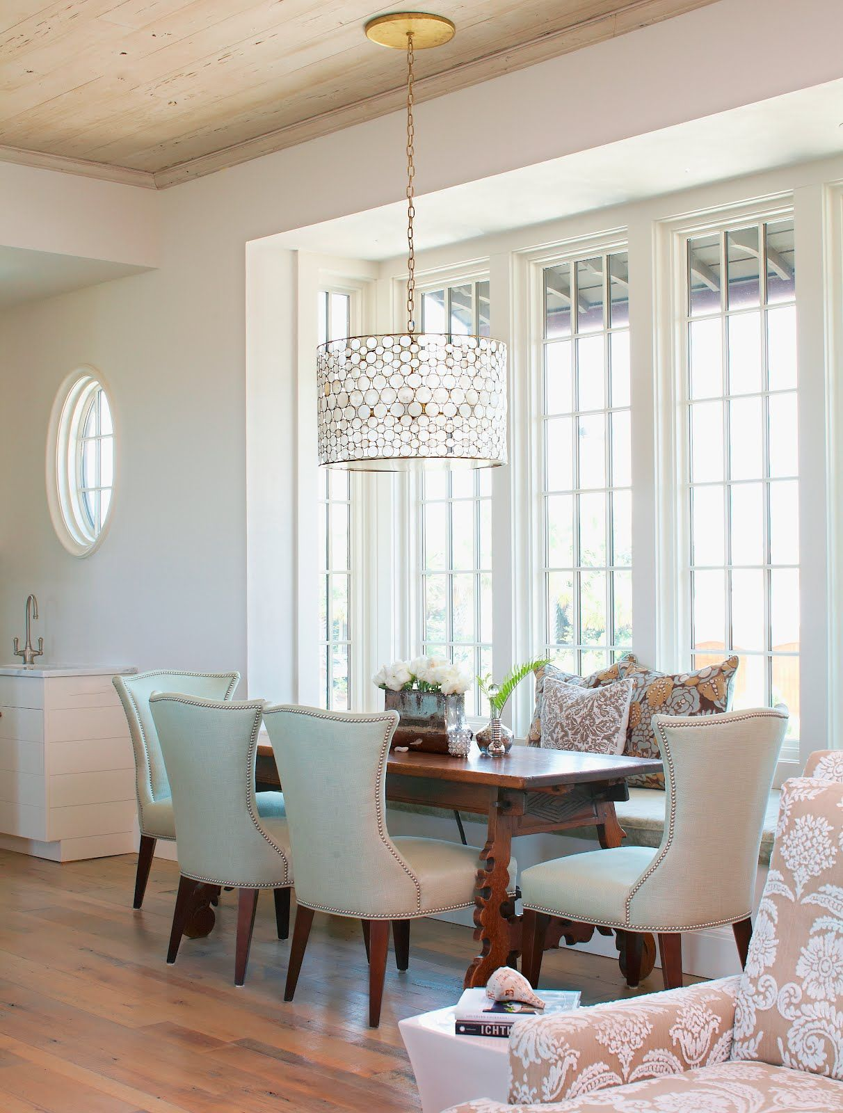 dining rooms with drum lighting