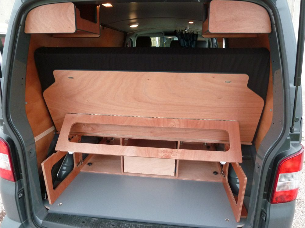kit west sur vw t5 et t6 long van mania vous propose 4 kits d 39 am nagement pour transformer. Black Bedroom Furniture Sets. Home Design Ideas