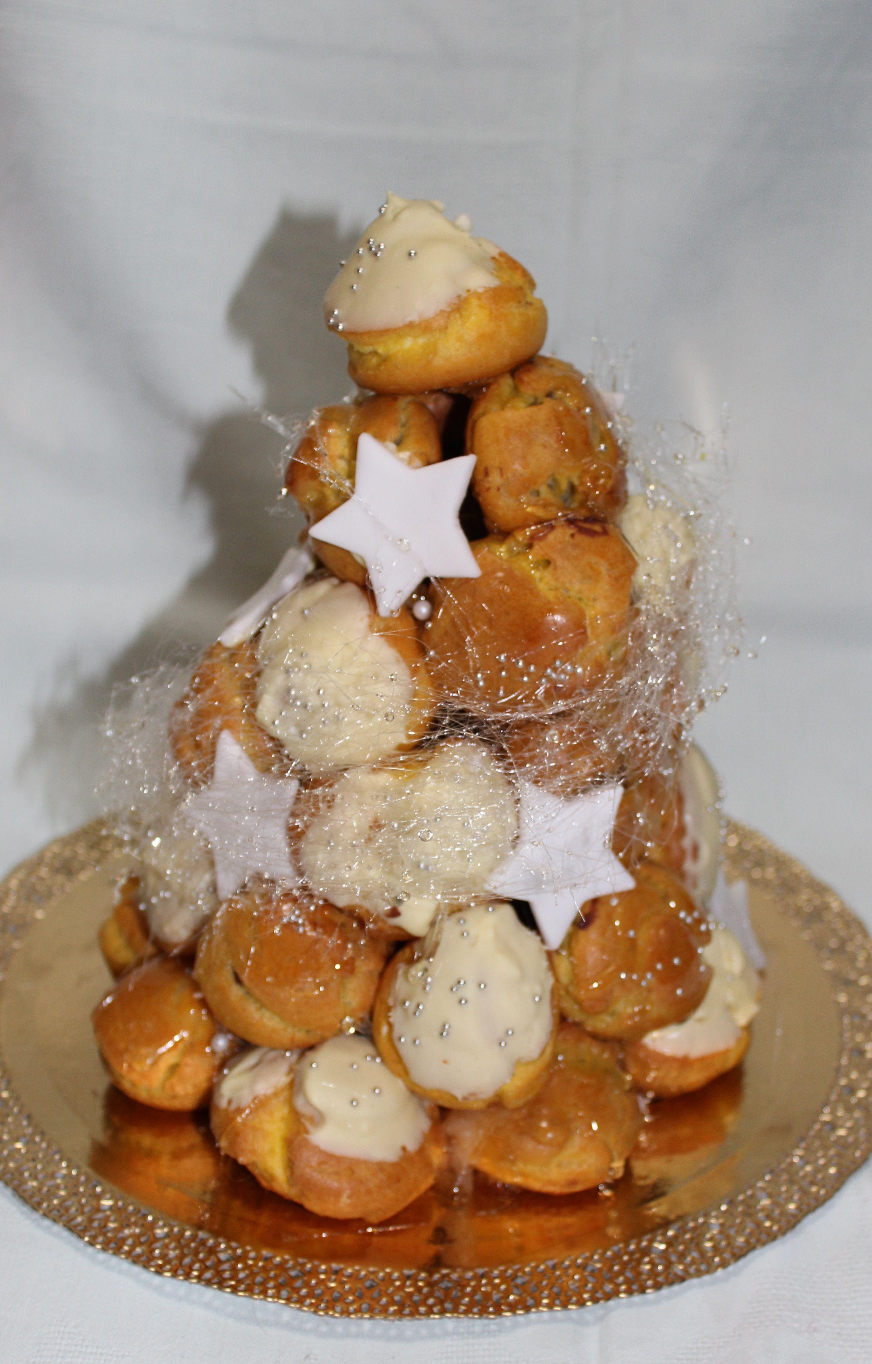 Christmas Croquembouche