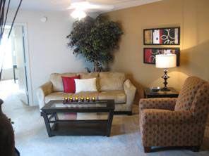 Tivoli Apartments 2841 Sw 13th Street 352 448 4962 Apartment Communities Apartment Home Decor