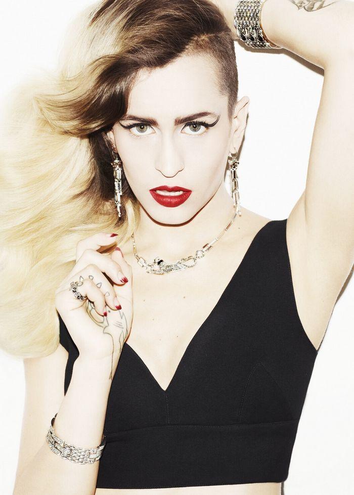 Vogue Japan. model: Alice Dellal.
