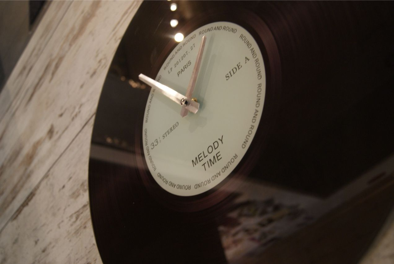 wall clock vinyl www.meriland.at