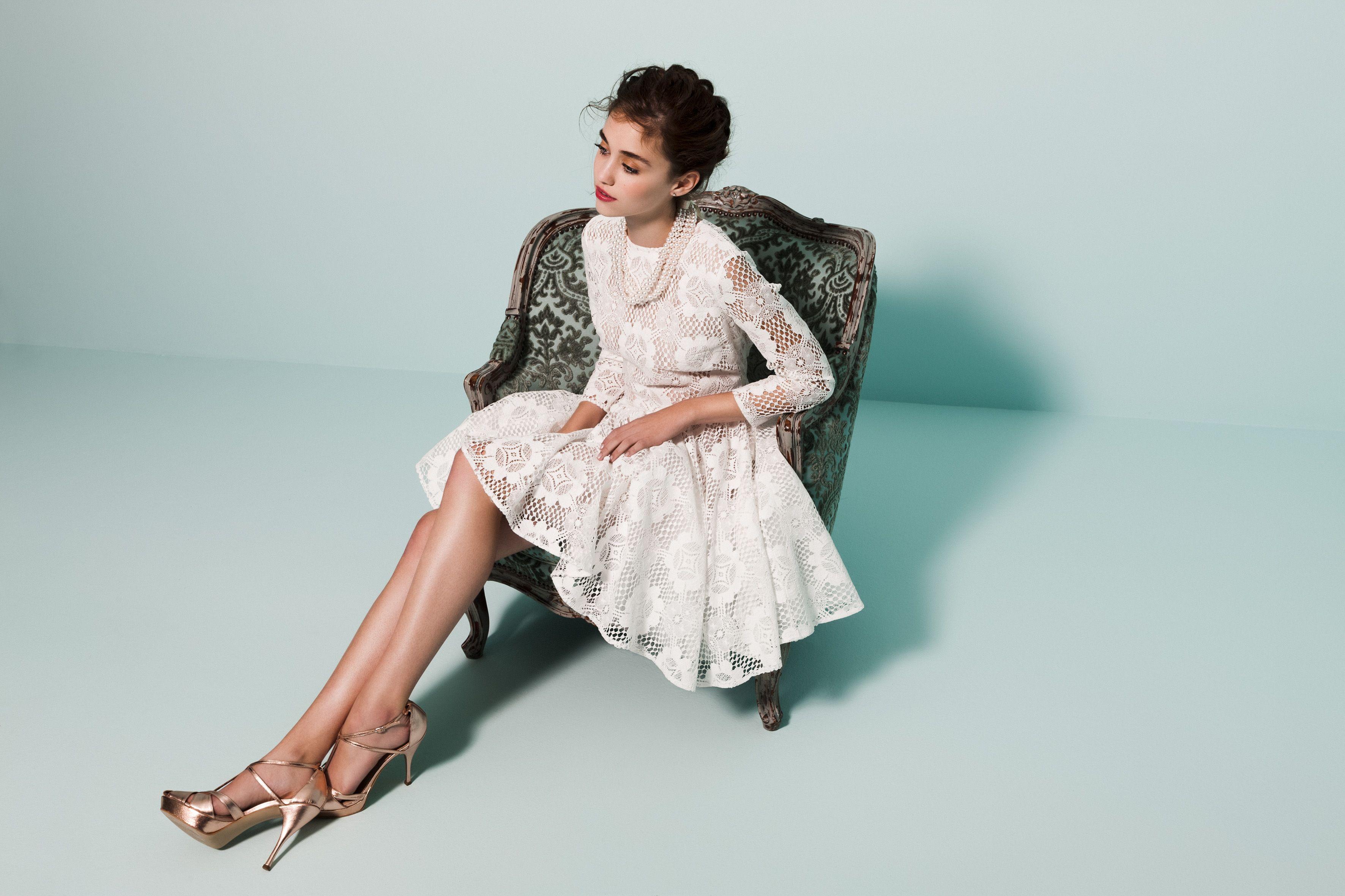 Beautiful Short Wedding Reception Dress For Bride Elaboration - All ...