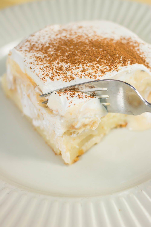 Eggnog Pudding Poke Cake Recipe Desserts Food Recipes